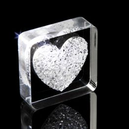 Decorative magnet 'Diamond Heart' with heart motif, made of plexiglass, with Swarovski crystals