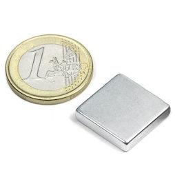 Q-18-18-04-Z, Block magnet 18 x 18 x 4 mm, neodymium, N45, zinc-plated
