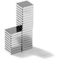 Q-10-10-02-N, Parallélépipède magnétique 10 x 10 x 2 mm, néodyme, N45, nickelé