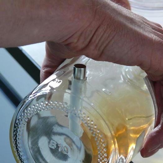magnet anwendungen reagenzglas mit magnet reinigen. Black Bedroom Furniture Sets. Home Design Ideas