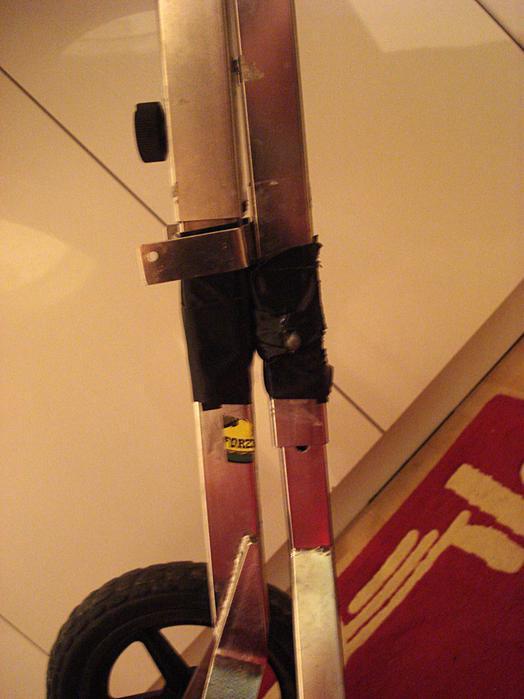 magnet anwendungen schlagzeug st nder f r guggenmusiker supermagnete. Black Bedroom Furniture Sets. Home Design Ideas